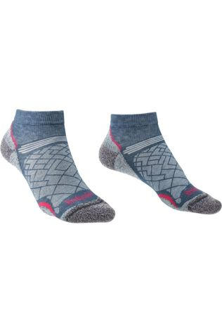 Bridgedale Sock Hike Coolmax Ultra Light T2 Low dark blue