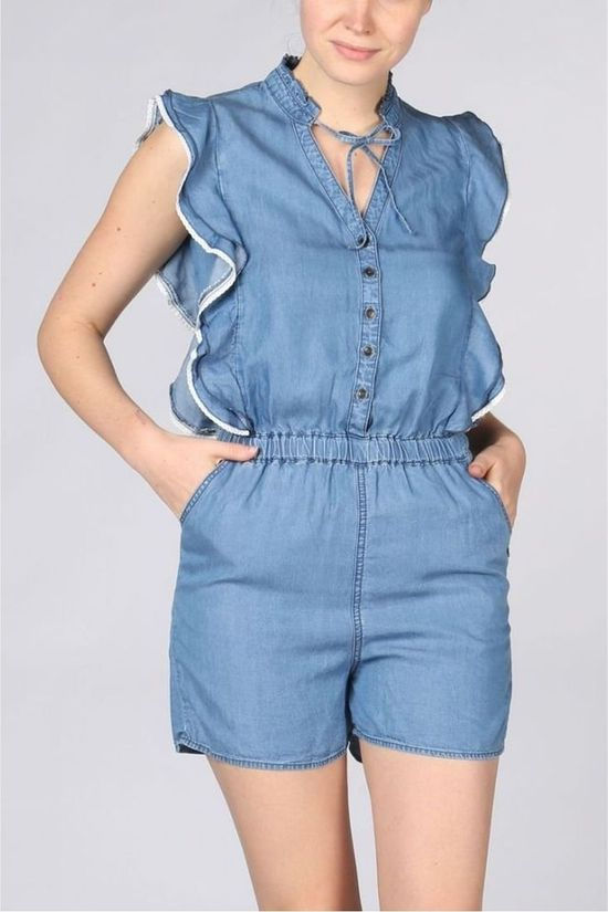 Kaporal Jumpsuit Tencel Jumpshort V Neck With Frills And Macrame Lichtblauw/Gebroken Wit