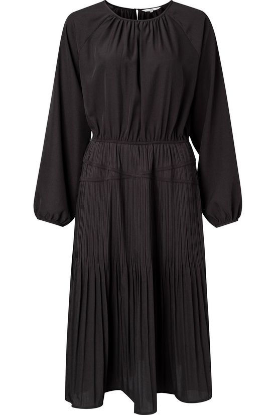 Yaya Dress Drapy Feminine Fit Dress With Pleats And Raglan Sleeves black