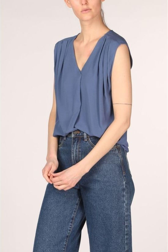 Only Blouse Onlroberta S/S V-Neck Marineblauw