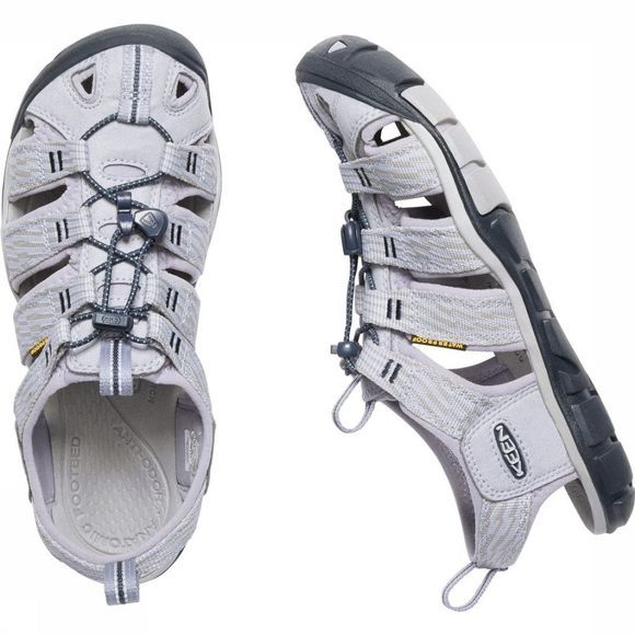 Keen Sandale Clearwater CNX Gris Clair