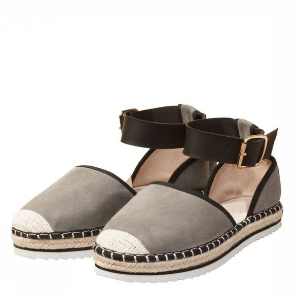 Sandaal With Ankle Strap