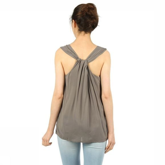 T-Shirt Knotted Back
