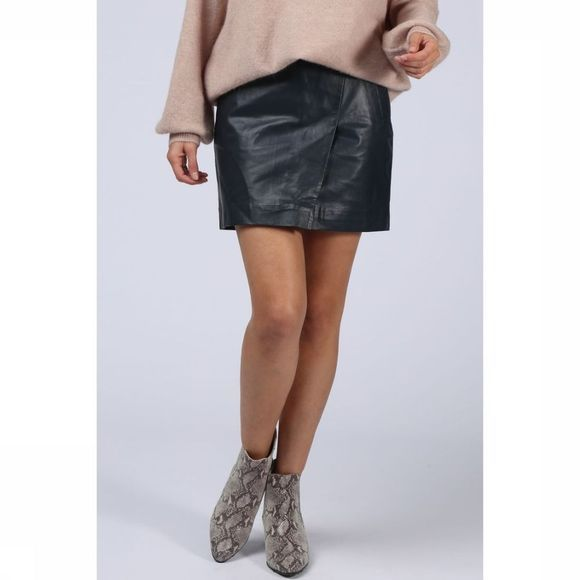 Rok Genuine Leather Wrap