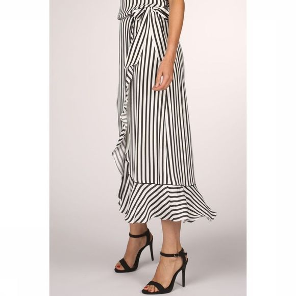 Yaya Rok Striped Wrap With Volant Gebroken Wit/Zwart