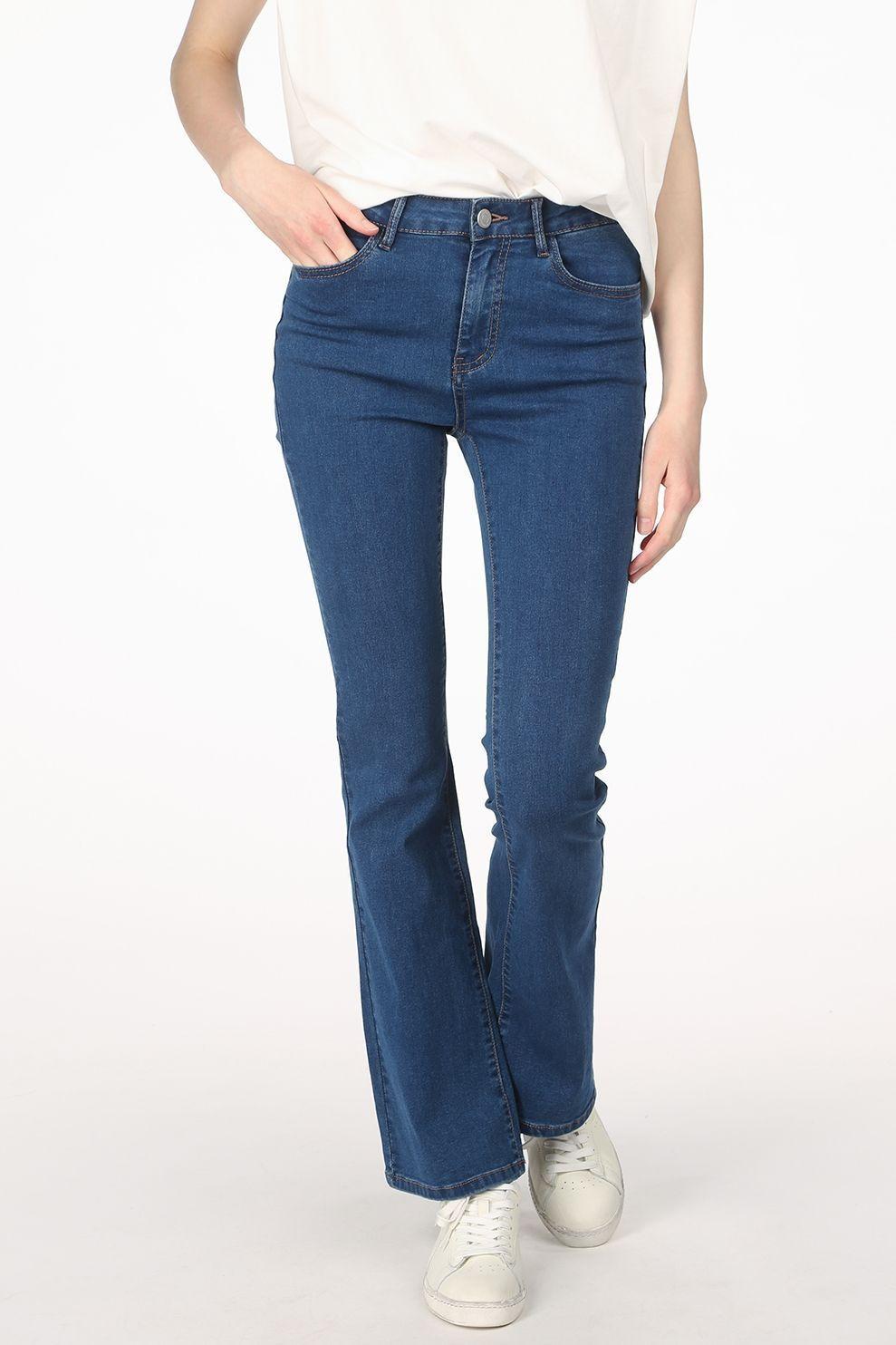 VILA Jeans Viulrika Rw Flared Mbd voor dames - Blauw - Maten: 36/32, 38/32, 40/32, 42/32